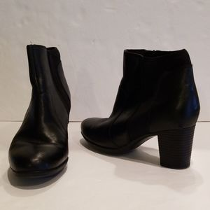Black Leather Boots with Stacked Heels Sz 8 1/2